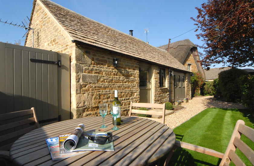 Romantic Cottages in the Cotswolds and Dorset